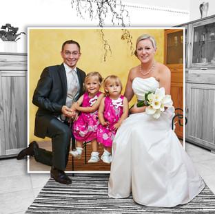 Hochzeitspaar mit Kindern