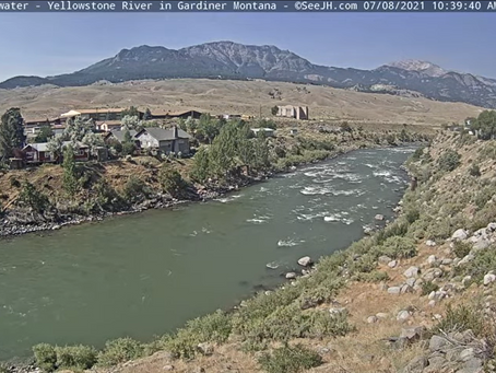 Yellowstone River Clearing Up!!