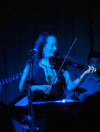 Leslie-(Blue)(2).jpg