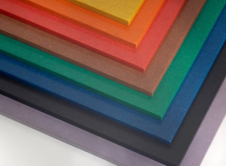 Qu'est-ce que le médium teinté dans la masse ?