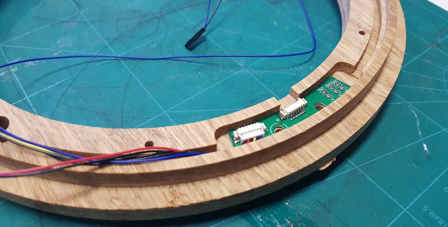 Living light bamboe ring CNC