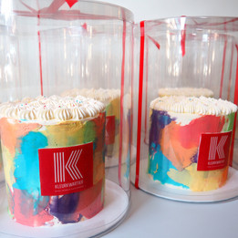 Zakelijke custom cakes.jpg