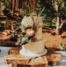 Rustic outdoor wedding