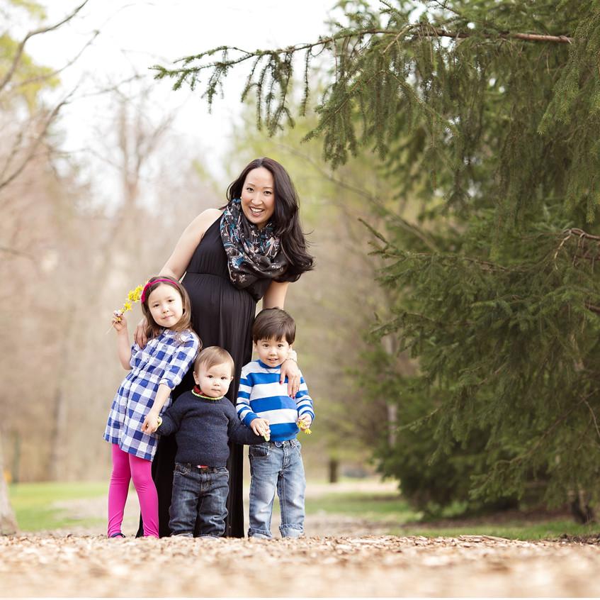 Birmingham expectant mom with kids