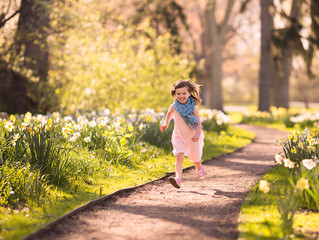 Let her run | Grosse Pointe Child Photographer