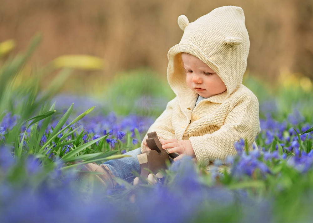 Grosse Pointe Woods Boy in Spring flowers