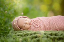 Metro Detroit Outdoor Newborn Photo Shoot