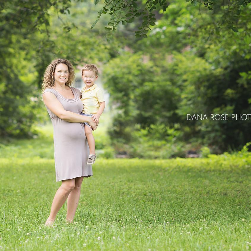 Grosse Pointe Maternity Photographer