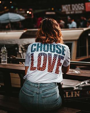 small choose to love_edited.jpg