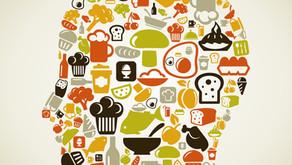 Enxaqueca e alimentação: tem a ver?