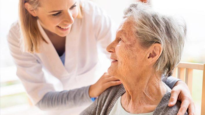 Cuidando de quem cuida: Como lidar com a sobrecarga?