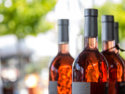 5 Reasons Why You Must Drink Rosé Wine This Summer