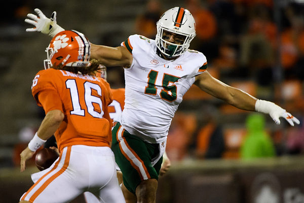 21jealnncaa-football-miami-at-clemson-1.