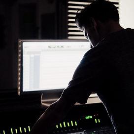 En Acoustic Comunicación usamos los programas de producción de audio más avanzados.