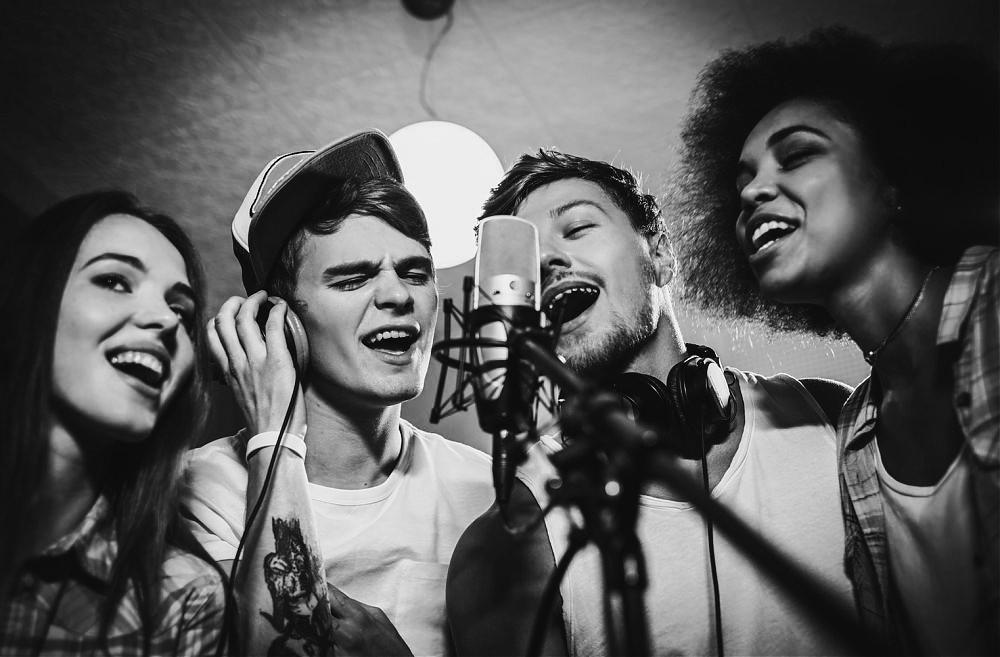 Producción de jingles Acoustic Comunicación