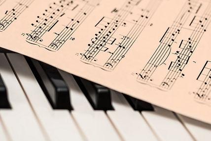 Acoustic Comunicación pone a su disposición el servicio de composición de bandas sonoras.