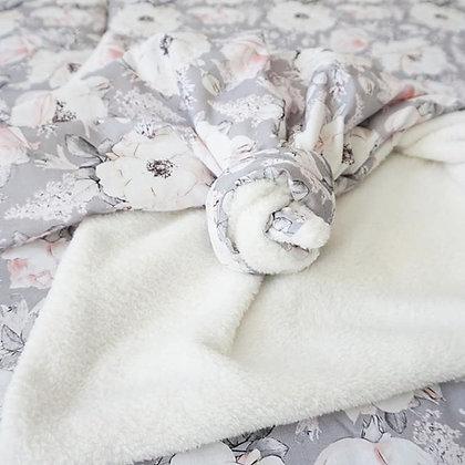 Kuscheldecke Grey Flower