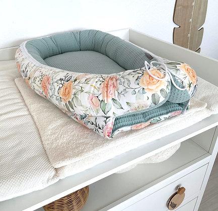 Babynest Blumenmeer / Waffel mint