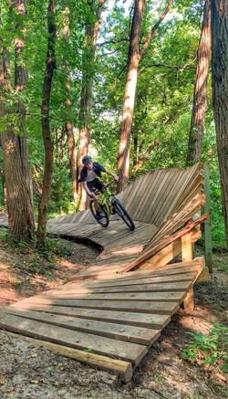 wall rider _Bevelry