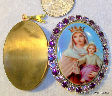 Madonna and Child Locket Mother Mary Shrine Pendant Porcelain Cameo Jewelry