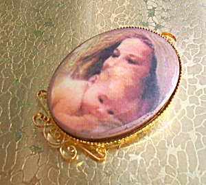 14k Gf Porcelain Cameo Mother And Baby Pendant Large