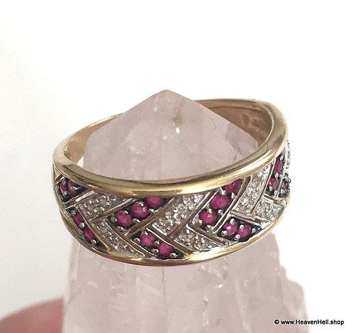 Sexy 14k Ruby Ring Diamond Ruby CHEVRON ring Vintage 14k White & Yellow Gold