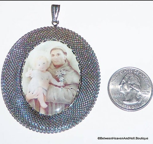 """3"""" Large Saint Anthony And Jesus Pendant, Silver Mesh, Religious Cameo Jewelry"""