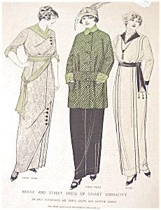 Vintage Ladies Fashion Illustration: Street Dress