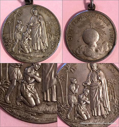 Rare Large Vintage Religious Medal Signed Penin Poncet Saint Francis Xavier