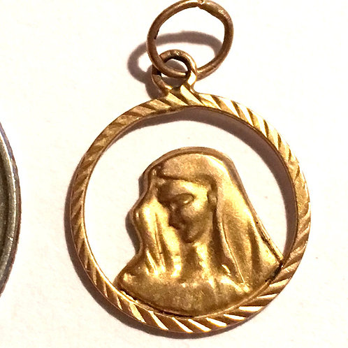 Vintage Solid 14k Gold Religious Medal Pendant Virgin Mary Sorrows
