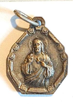 Small Antique Catholic Sacred Heart Of Jesus Medal Pendant