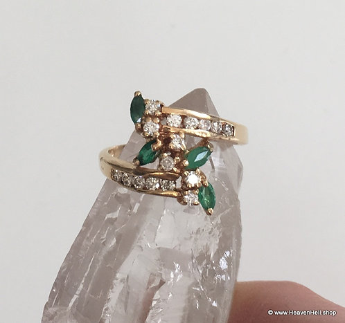 Vintage 14k Gold Emerald and Diamond Ring size 6.5, 14k Cluster Wrap Ring