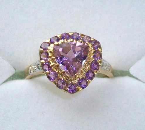 10k Gold Ring Trillion Cut Amethyst Diamond accents Size 7 Minimalist Engagement
