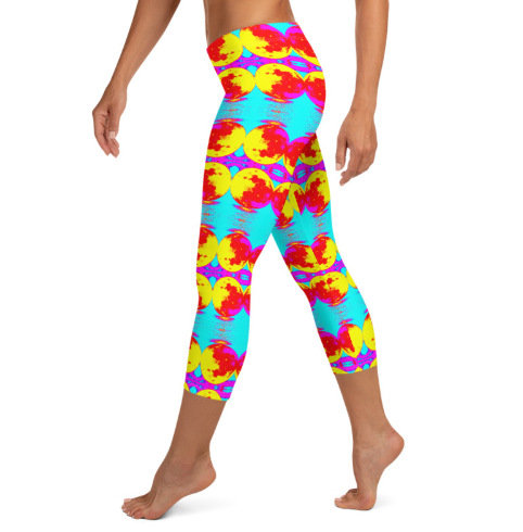 Trendy Woman's Print Capri Leggings Abstract Bright Full Moon Design