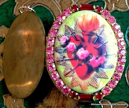 Christian Gifts, Vintage Flaming Sacred Heart Rhinestone Cameo Locket Pendant