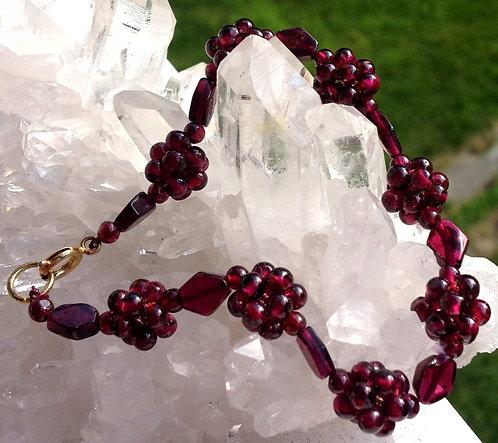 handcrafted Deep Red Garnet Bracelet Gemstone Beads 7 Inch
