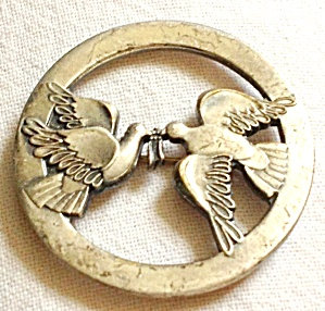 Vintage Pin 2 Doves Holding Tiny Crown