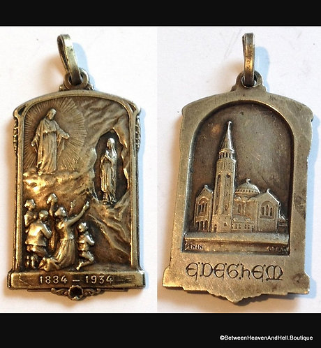 """1.5"""" Large Antique  Signed French Medal Sterling Virgin Mary Lourdes Grotto"""