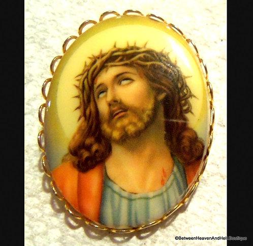 Vintage Porcelain Jesus Christ Brooch Crown Of Thorns Oval Pin, Ecce Homo