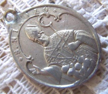 Rare Vintage Italian Saint Nicolo Virgin Mary Saint Nicholas Holy Medal