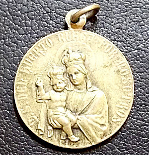 Antique Art Nouveau Catholic Holy Medal Virgin Mary Jesus 1906