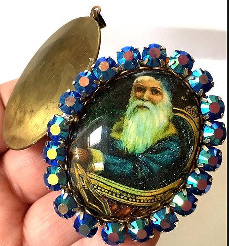 Vintage Christmas Jewelry Keepsake Remembrance Rhinestone Victorian Santa Locket