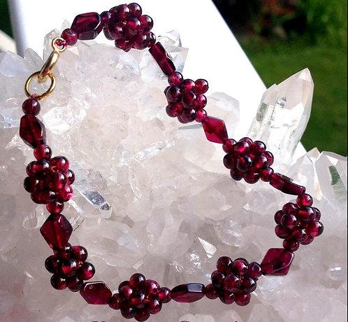 Top quality Handcrafted Garnet Gemstone Bracelet 8 Inch Deep Red Beads