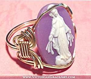14k Gf Our Lady Of Grace Virgin Mary Cameo Ring Miraculous Medal