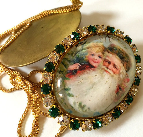 Vintage Christmas Jewelry Santa Rhinestone Cameo Locket Remembrance Pendant