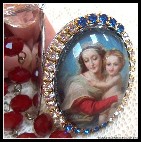 Large Madonna And Child Jesus Prayer Beads Catholic Rhinestone Locket
