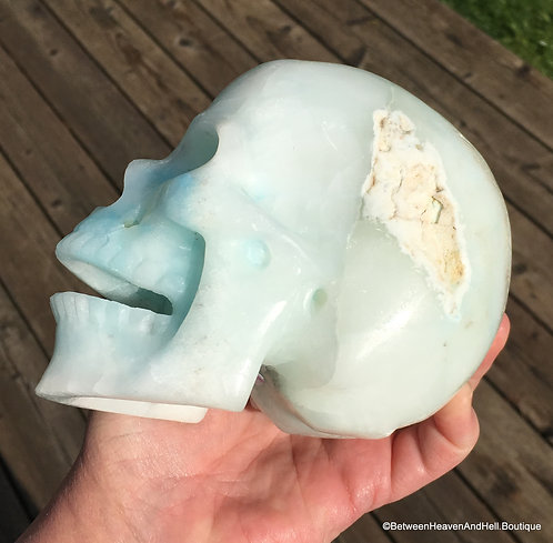 Large Activated Singing WHITE BLUE ARAGONITE Skull Psychic Ability Clairvoyance
