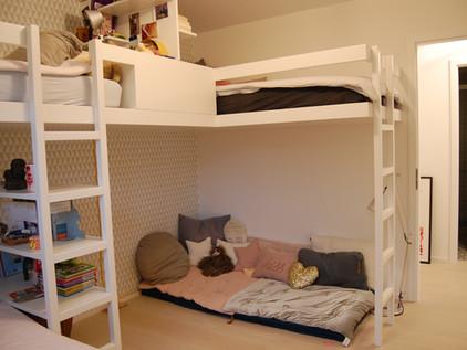 Création de lits mezzanine dans chambre d'enfant