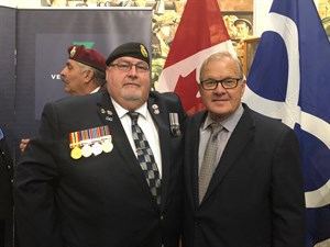 Métis Nation of Ontario Veterans Council President Brian Black and the Honourable Lawrence MacAulay, Minister of Veterans Affairs and Associate Minister of National Defence in Regina, SK on September 10, 2019