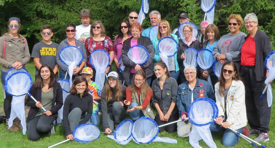 MNO Grand River Métis Council members and MNO  citizens gather to catch and tag monarch butterflies to aid in conservation research.